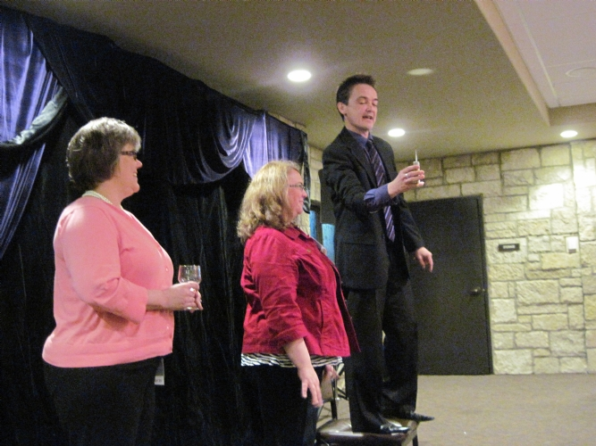Magician with Suzanne and Tammy.JPG